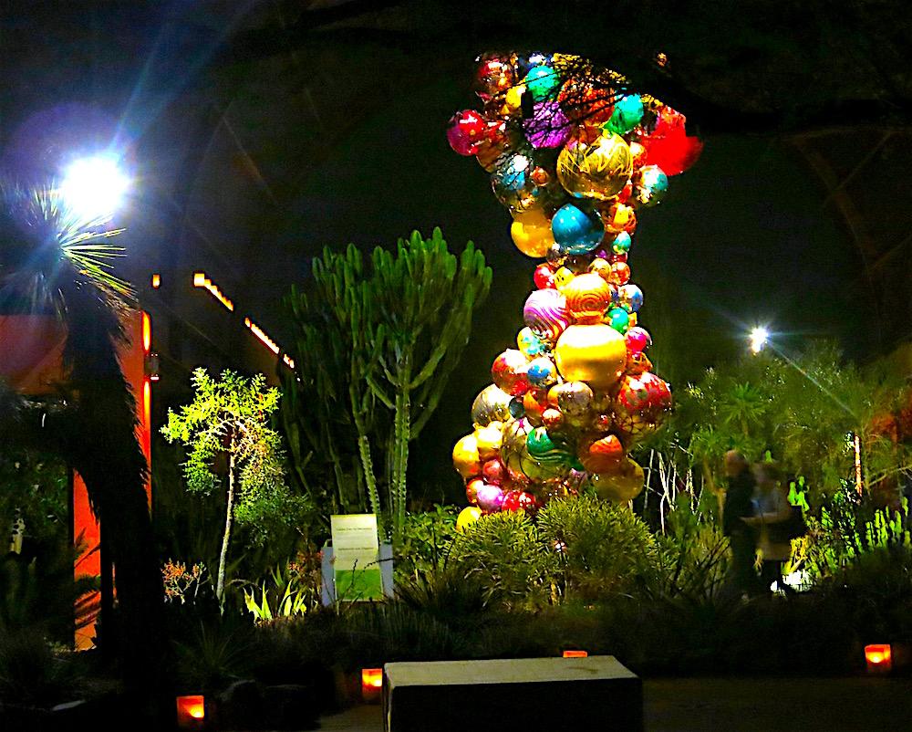 Chihuly at Desert Botanical Garden in Scottsdale ©MRNY