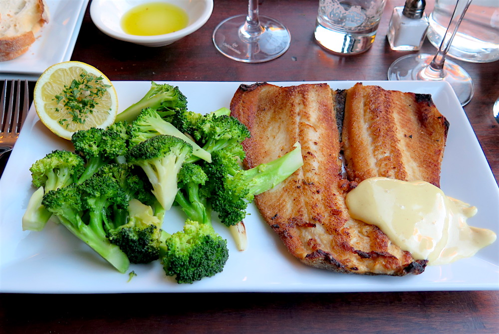 Pan-seared trout Dijonnaise at Bella Luna ©MRNY